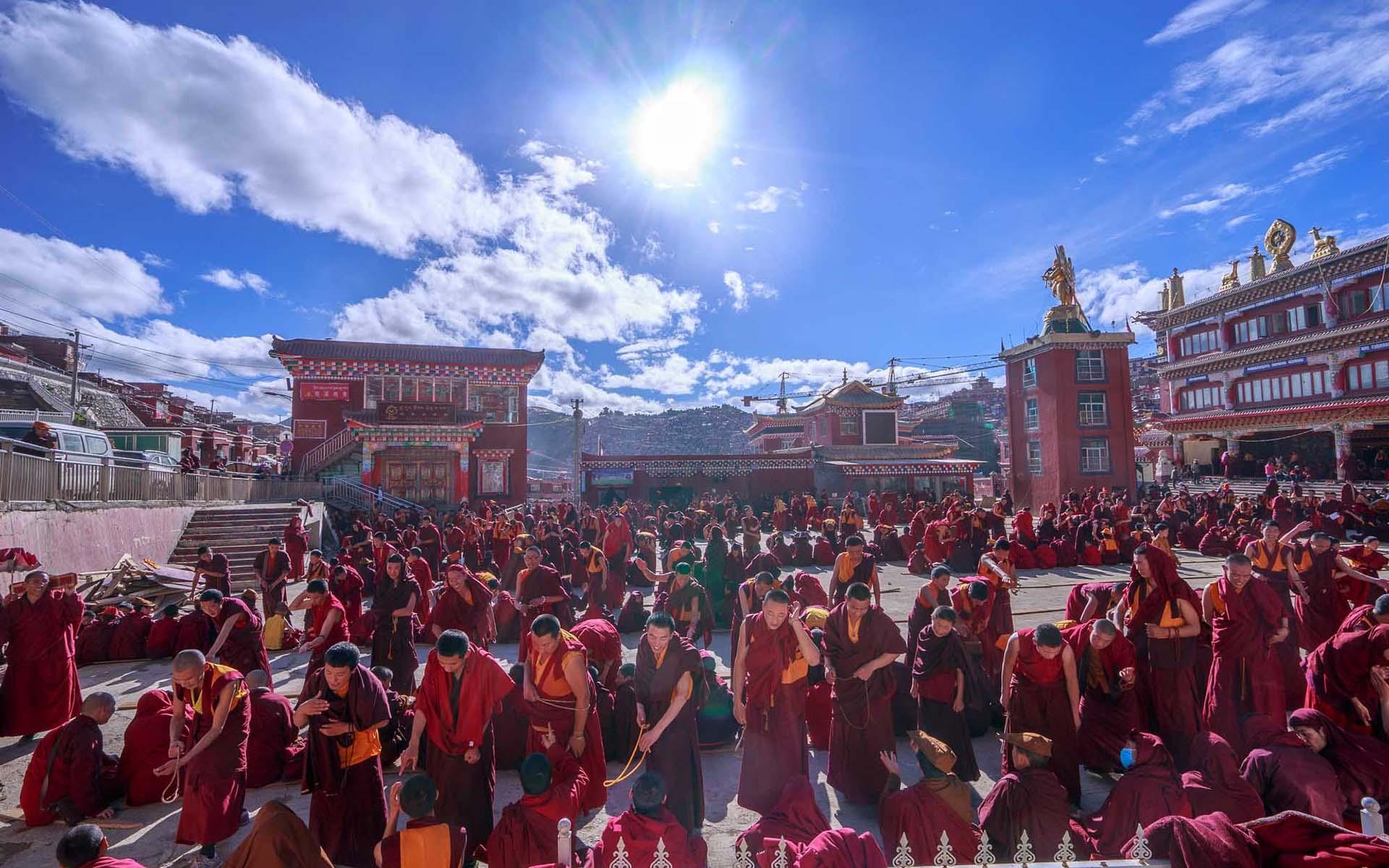 Explore Lhasa