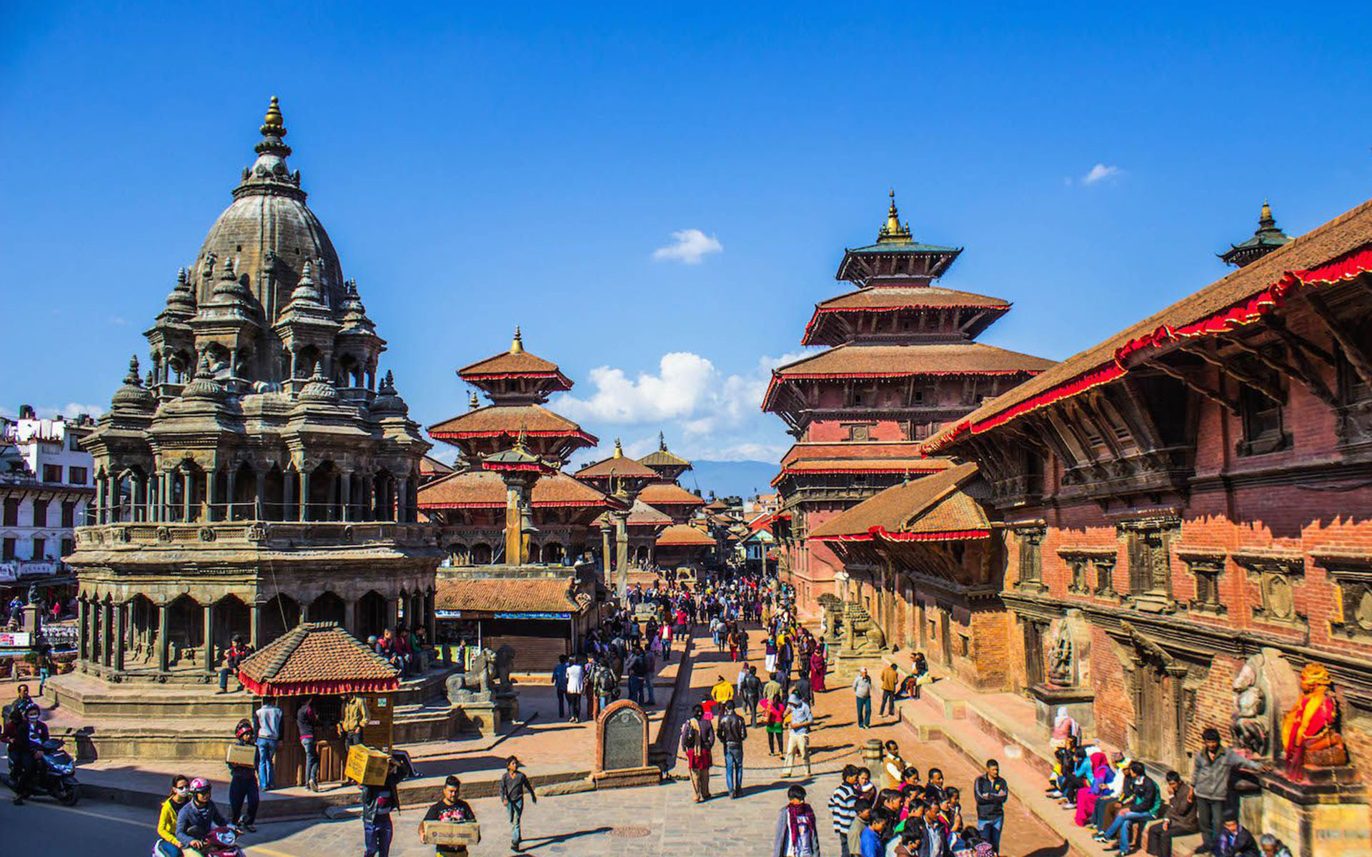 Capture the landscapes, lifestyle & culture of Nepal